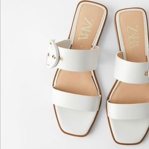 NWT Zara white buckled leather sandals flats 9